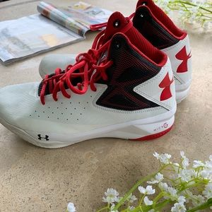 Under Armour Basketball Men's Shoes Sz 8.5